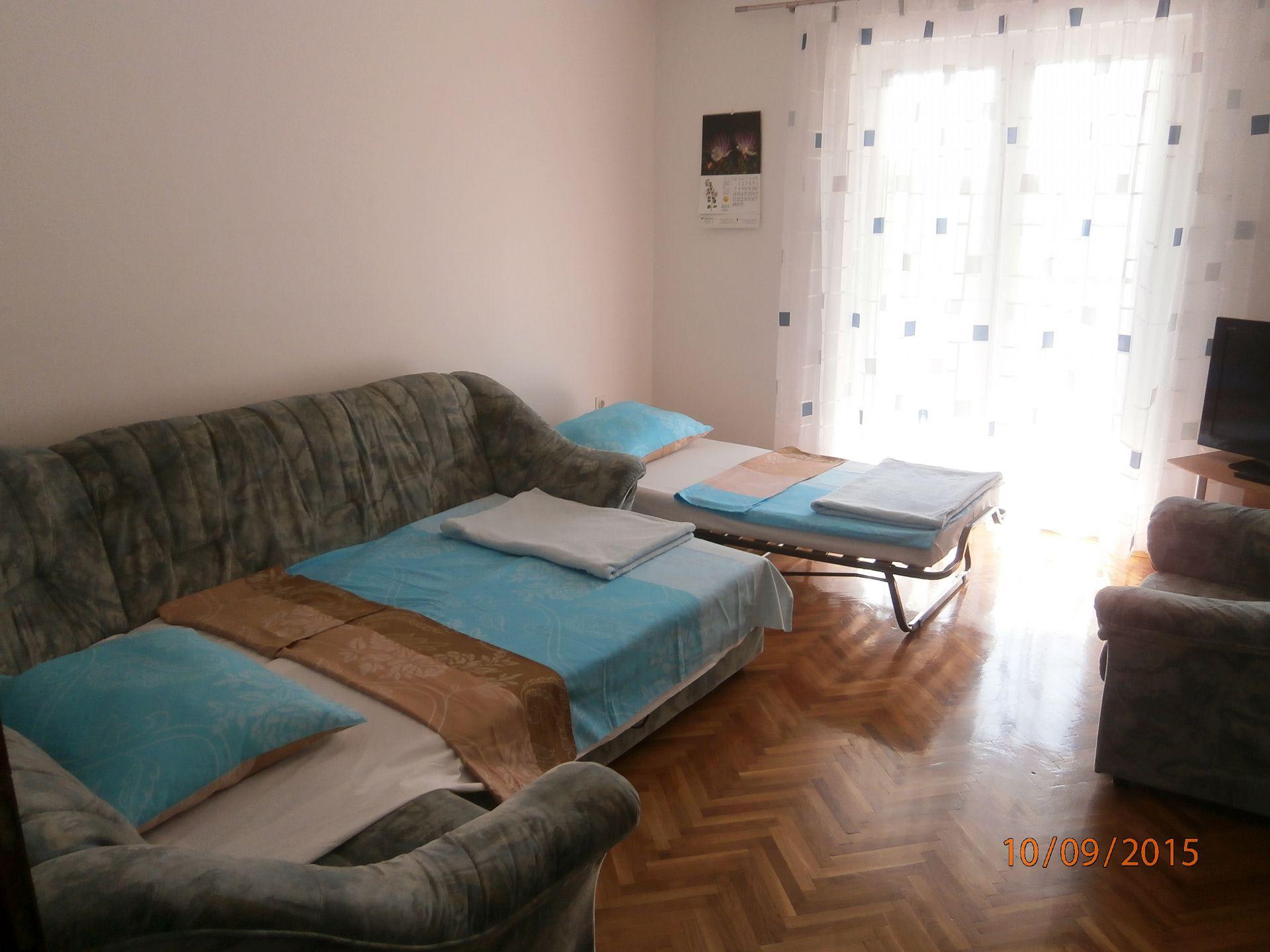 5751 - Lovran - Apartments Croatia - A1(2+2): living room