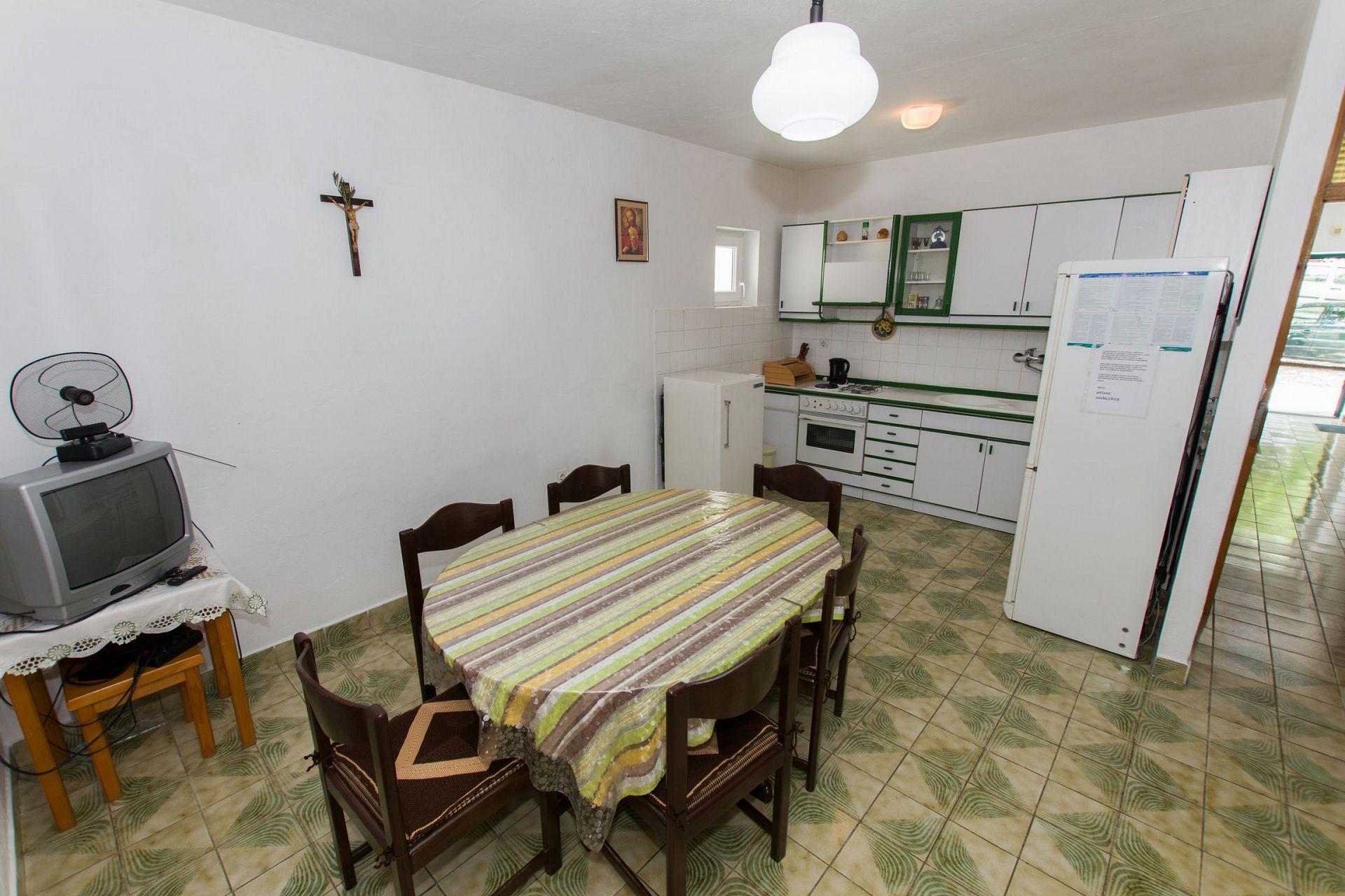 Zeli - Brela - Appartementen Kroatië - A1(4+4): keuken en eetkamer