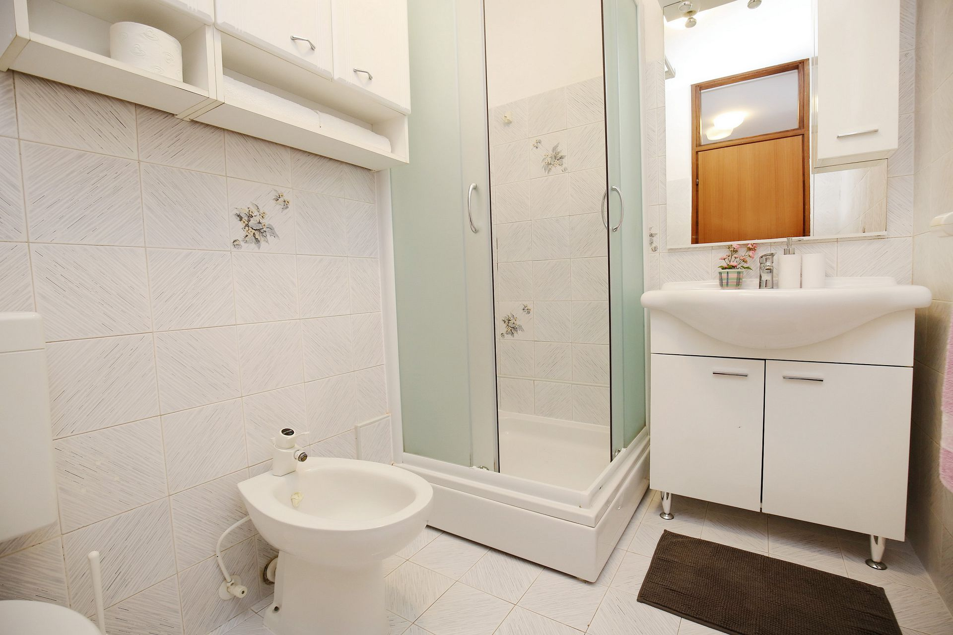 00418ZATZ - Zaton (Zadar) - Apartments Croatia - A2(2+2): bathroom with toilet