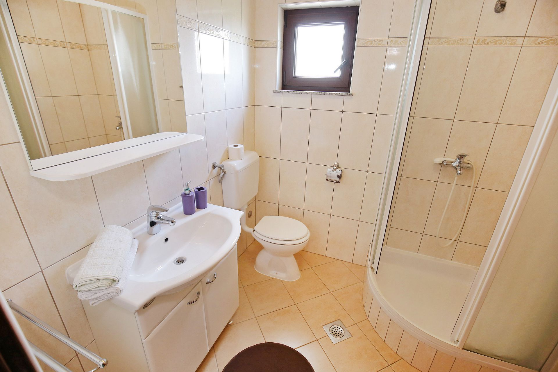 00418ZATZ - Zaton (Zadar) - Apartments Croatia - A3P(2+2): bathroom with toilet