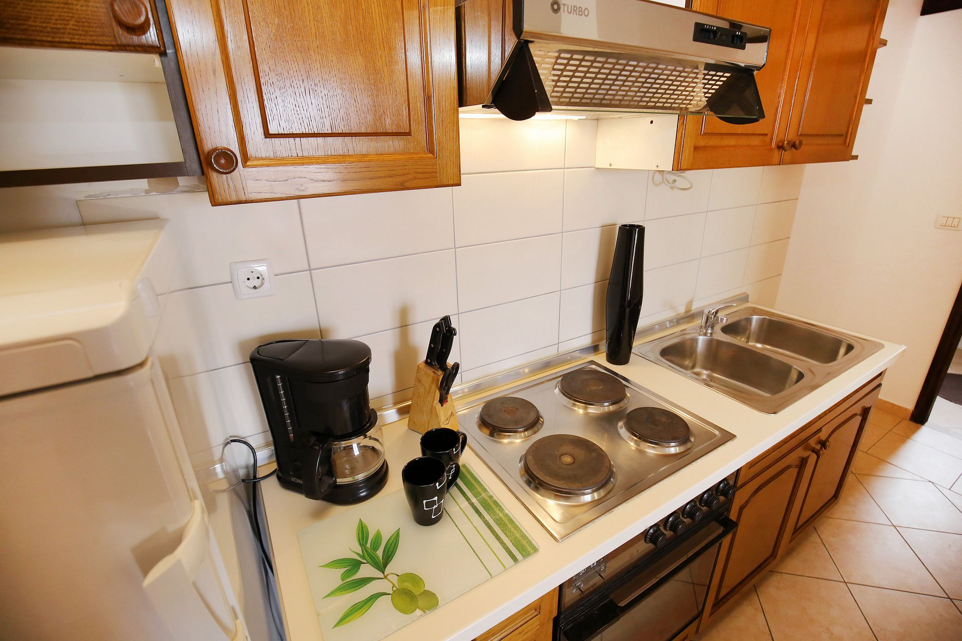 00418ZATZ - Zaton (Zadar) - Apartments Croatia - A3P(2+2): kitchen