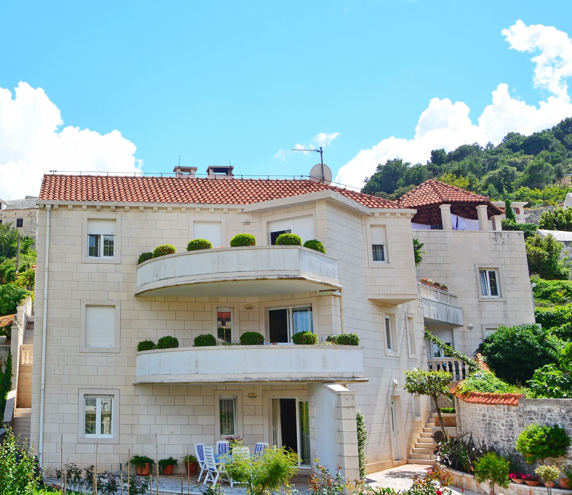 36113  - Pucisca - Apartments Croatia