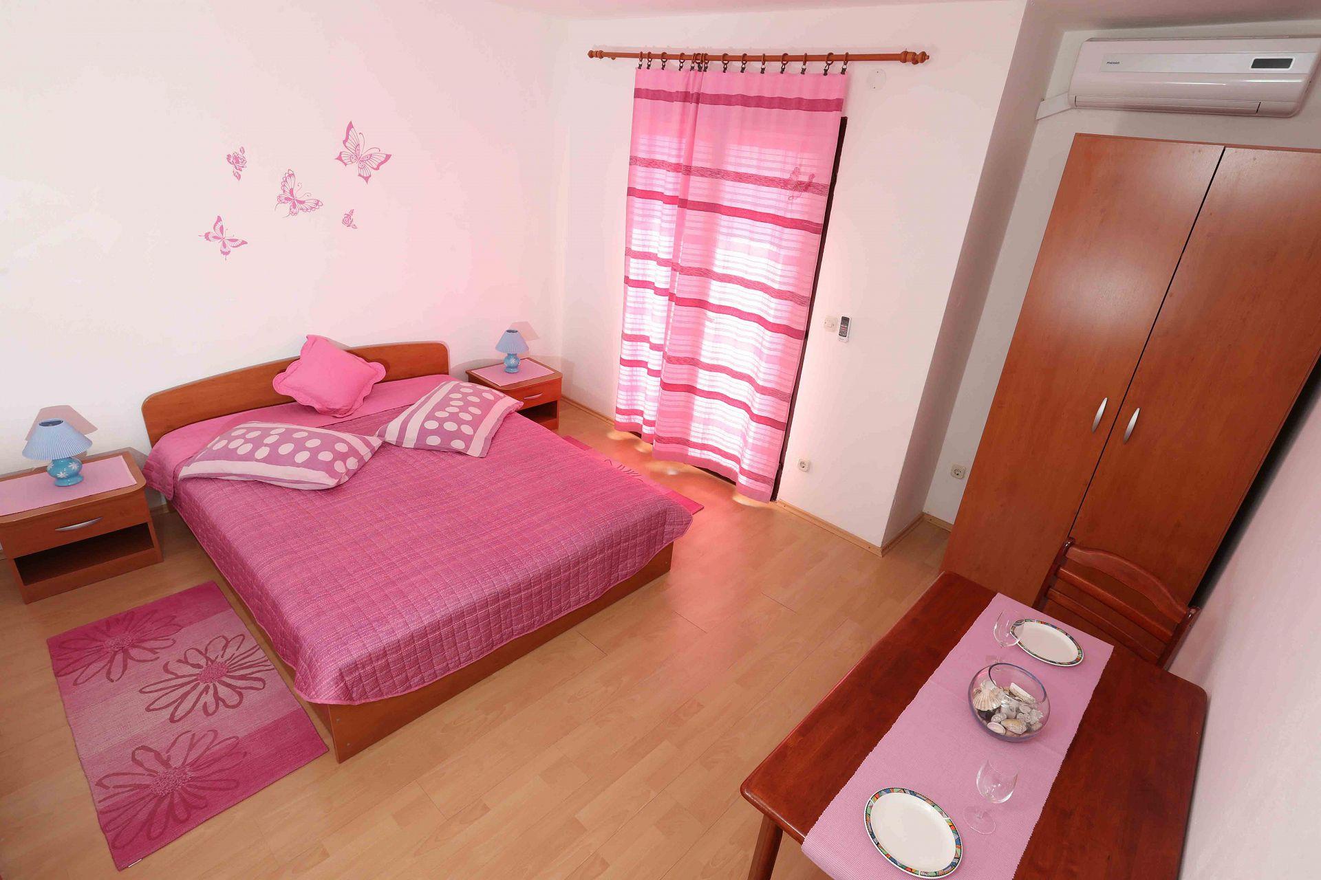 00603ZAVA - Zavala - Appartementen Kroatië - Ante(2): slaapkamer