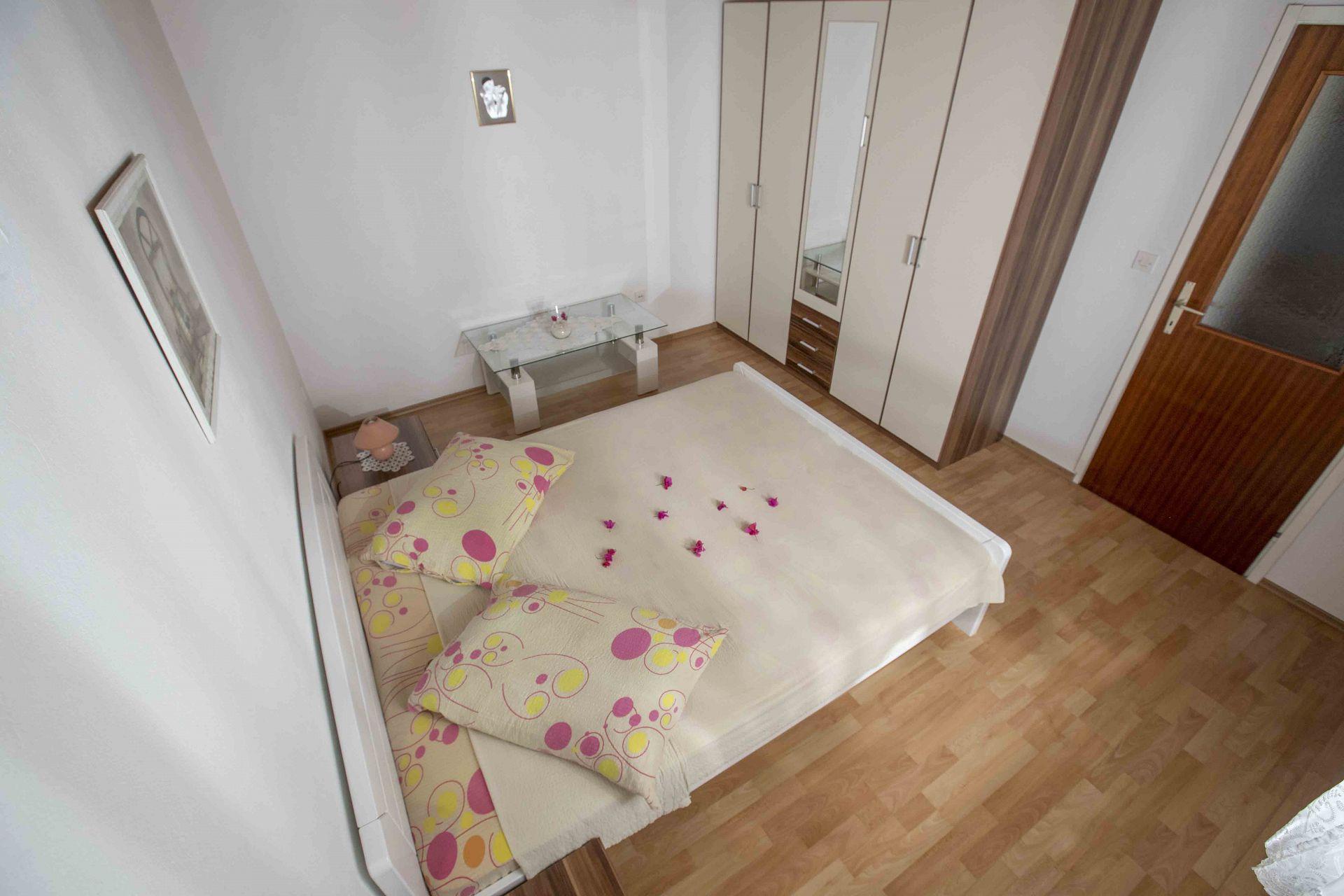 00603ZAVA - Zavala - Appartementen Kroatië - Meri(4): slaapkamer