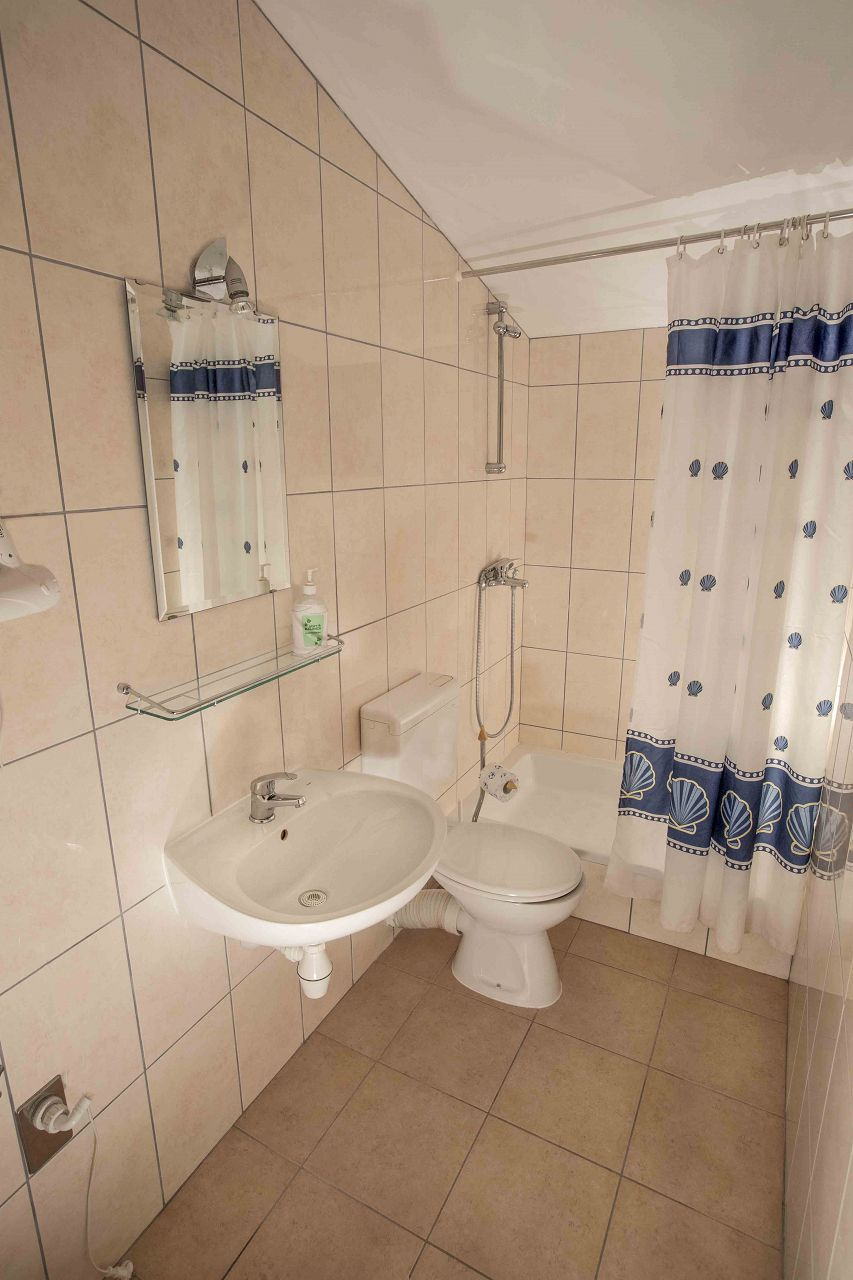 00603ZAVA - Zavala - Appartementen Kroatië - Mario(4+1): badkamer met toilet
