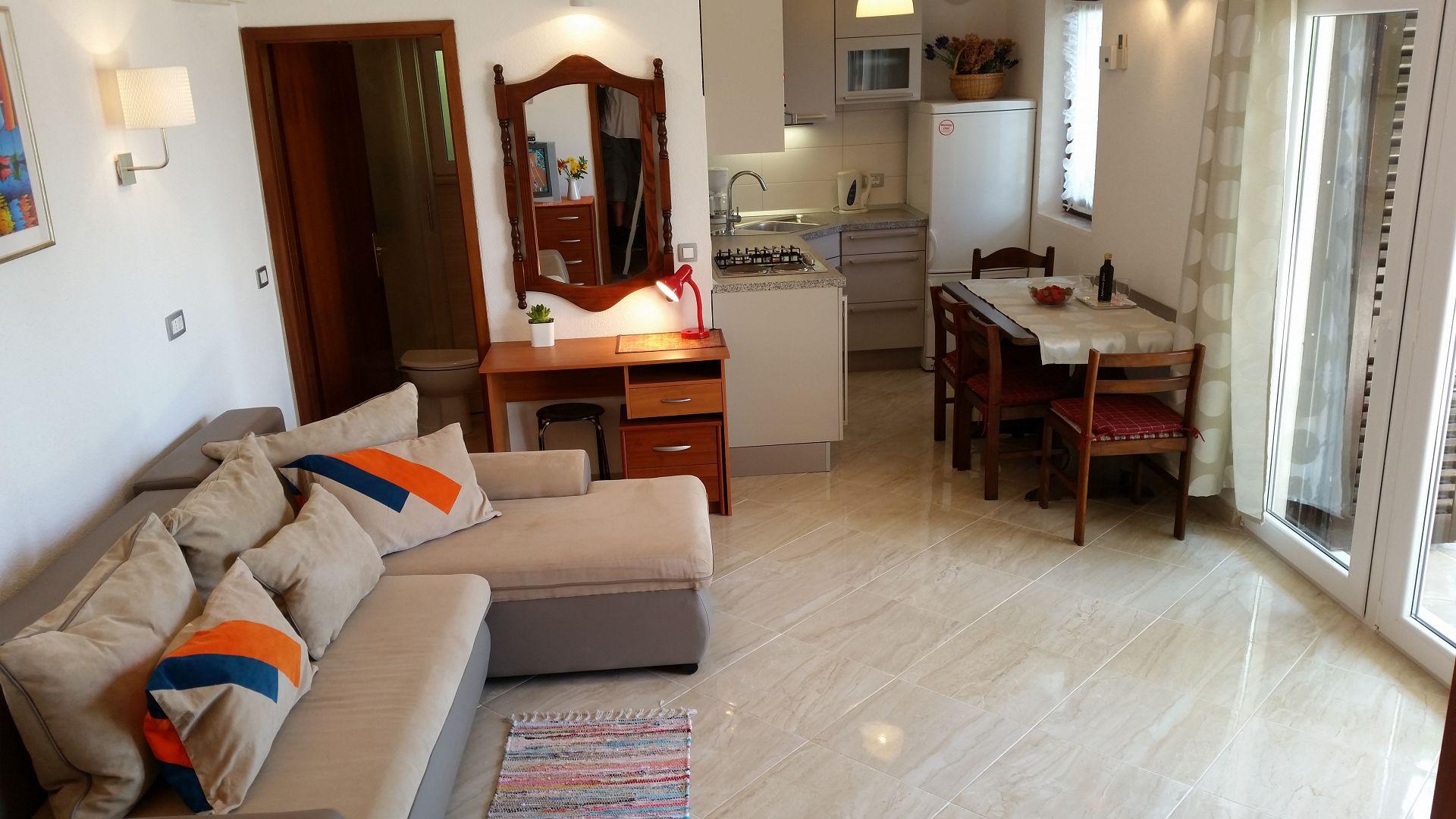 00209PISA  - Pisak - Ferienwohnungen Kroatien - A3 Prizemlje (2+2): Innenausstattung