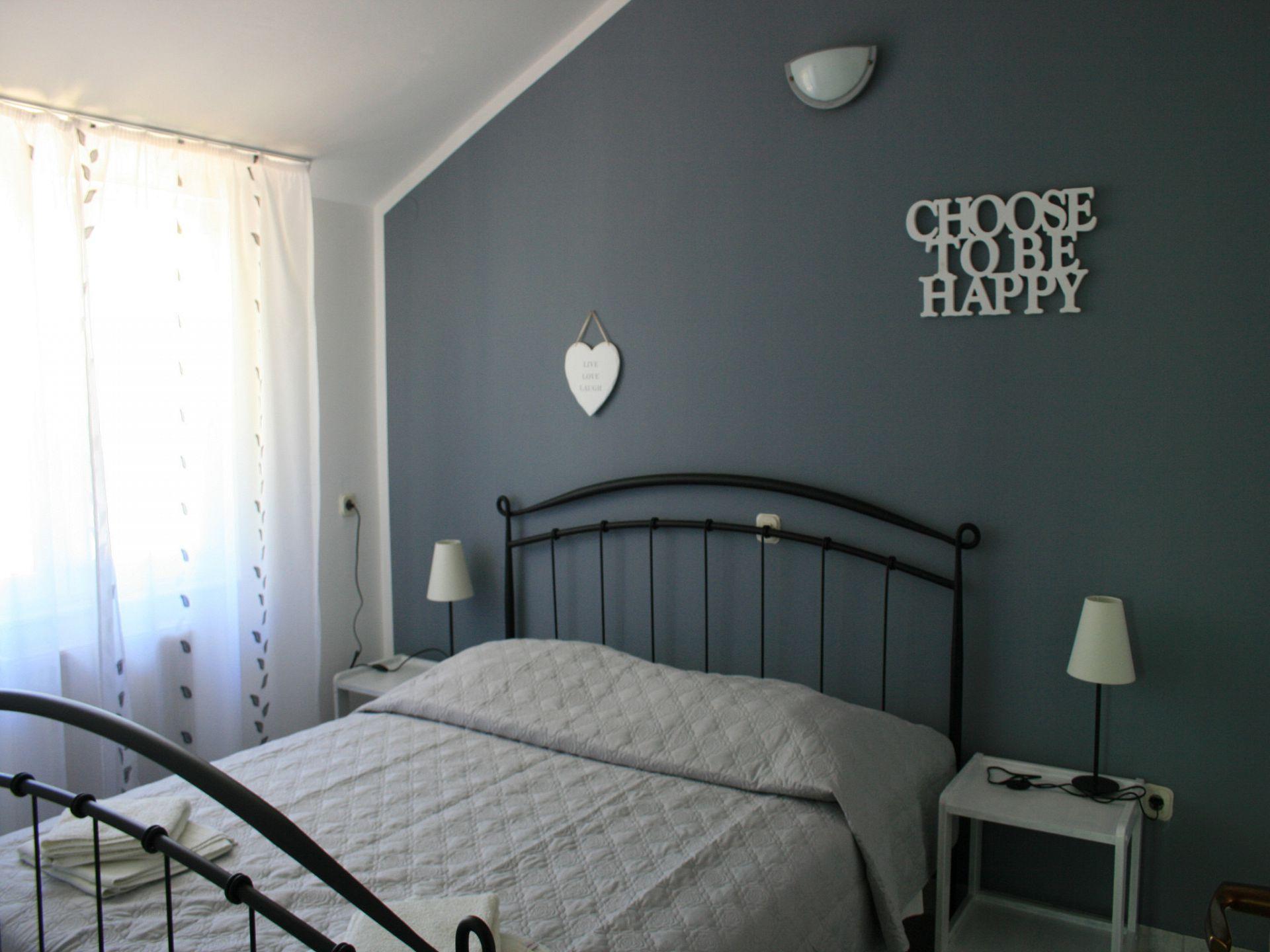 37656 - Jezera - Apartments Croatia - A-Marta(2+2): bedroom