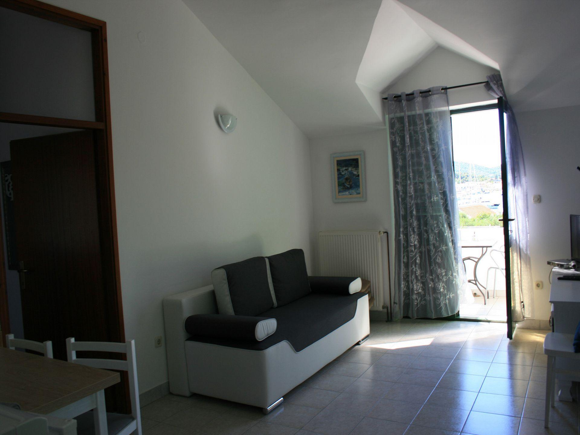 37656 - Jezera - Apartments Croatia - A-Marta(2+2): living room