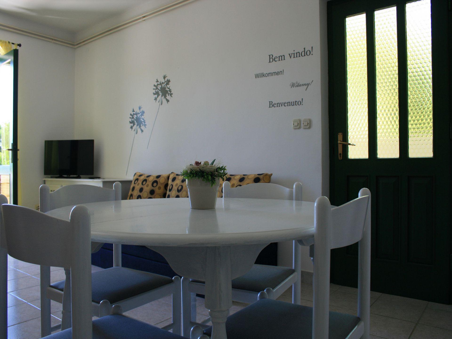 37656 - Jezera - Apartments Croatia - A-Laura(2+2): dining room