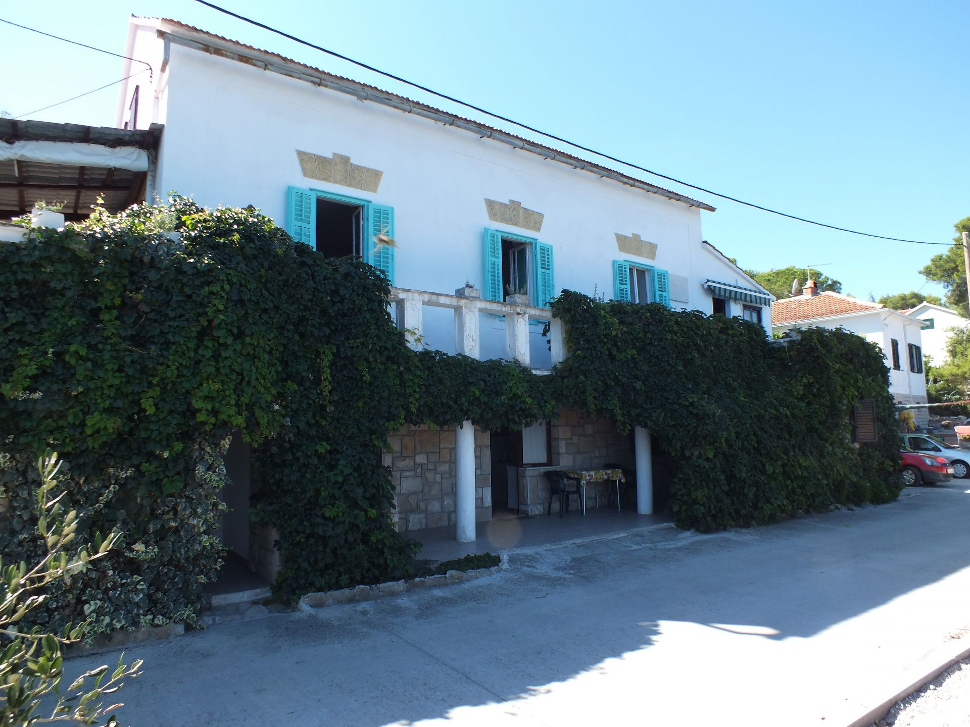 01204ROGA - Rogac - Apartments Croatia