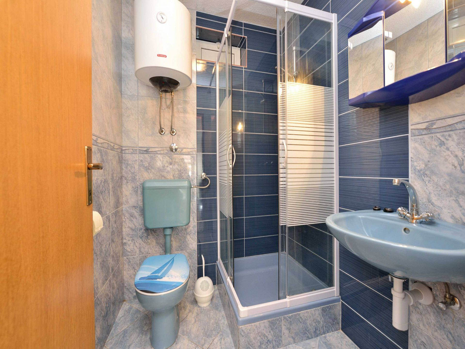 1675 - Drage - Apartmanok Horvátország - A1(4+2): fürdőszoba toalettel