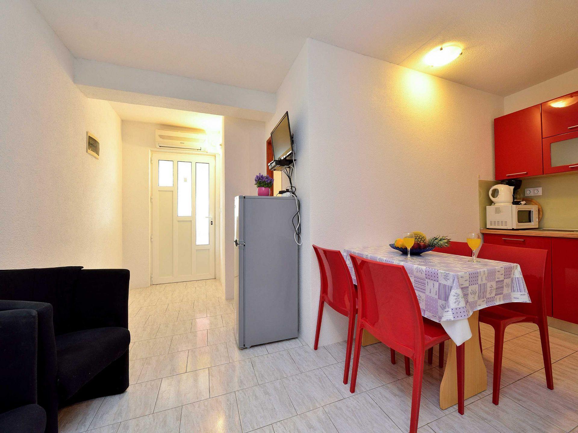 1675 - Drage - Apartmanok Horvátország - A1(4+2): konyha ebédlővel