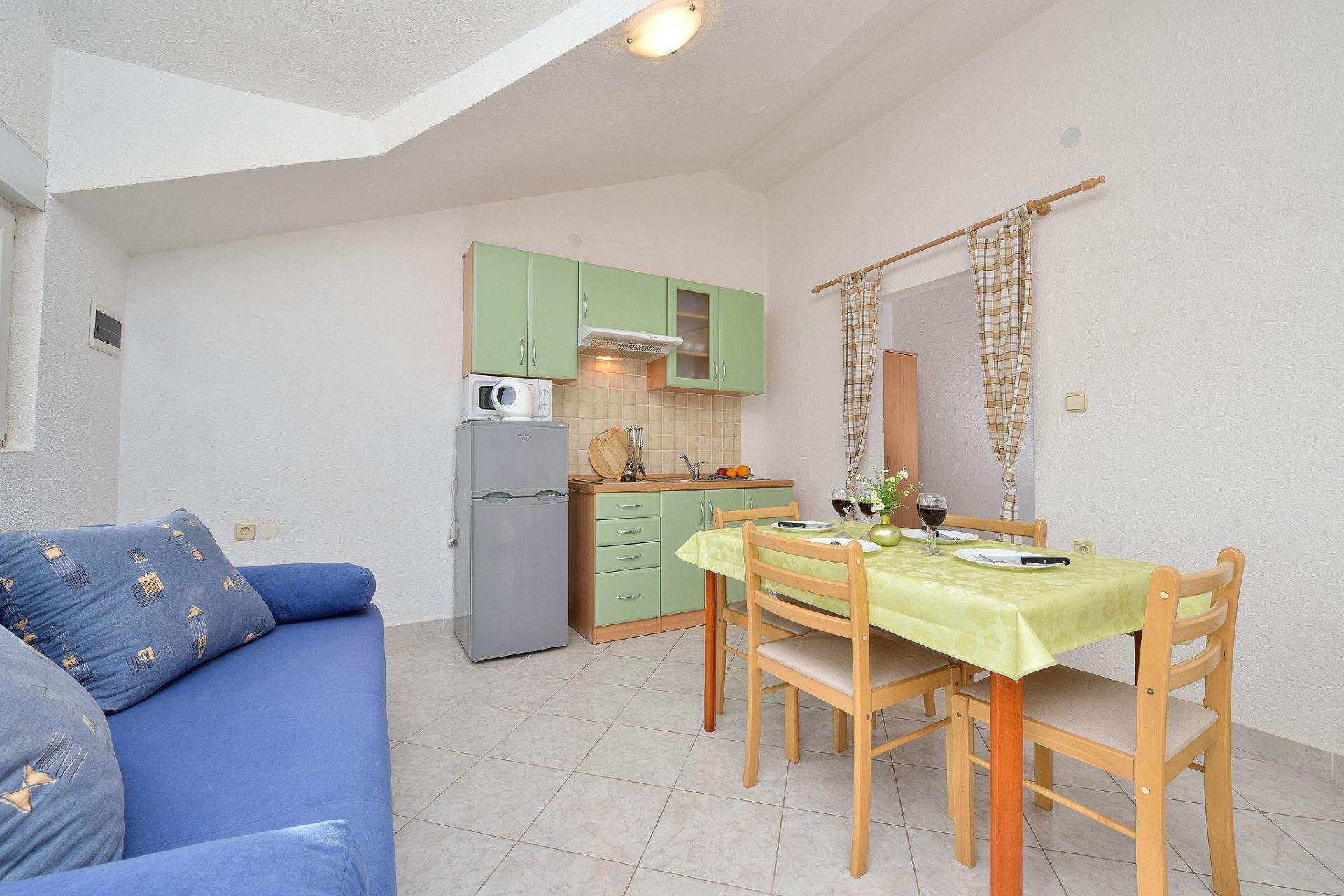 1675 - Drage - Apartmanok Horvátország - A3(2+2): konyha ebédlővel