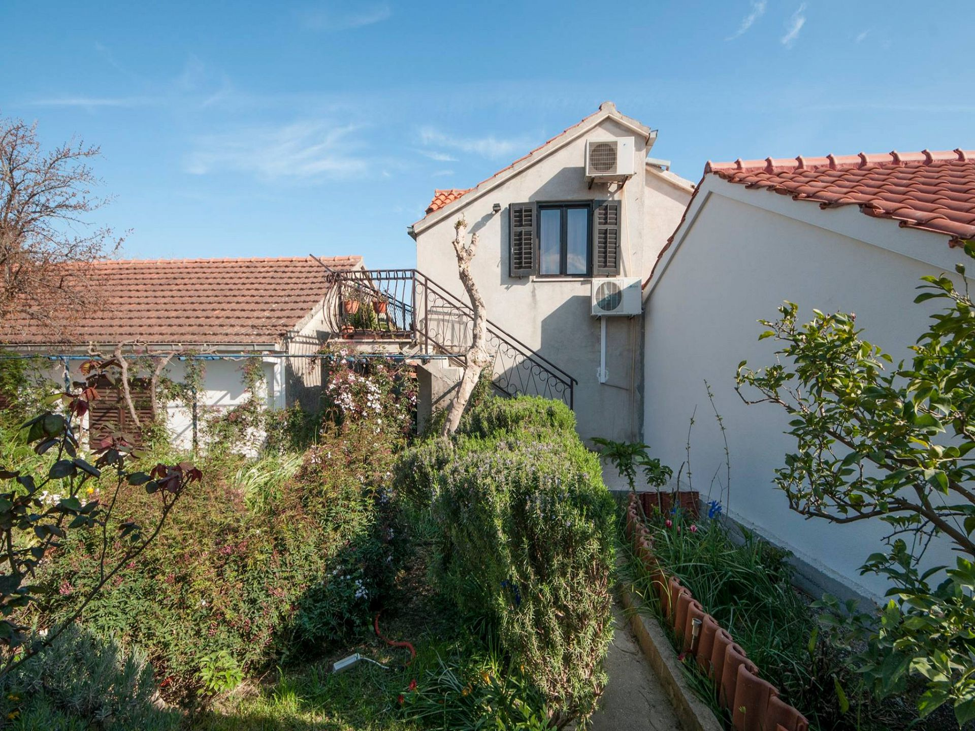 07501SUPE - Supetar - Appartementen Kroatië