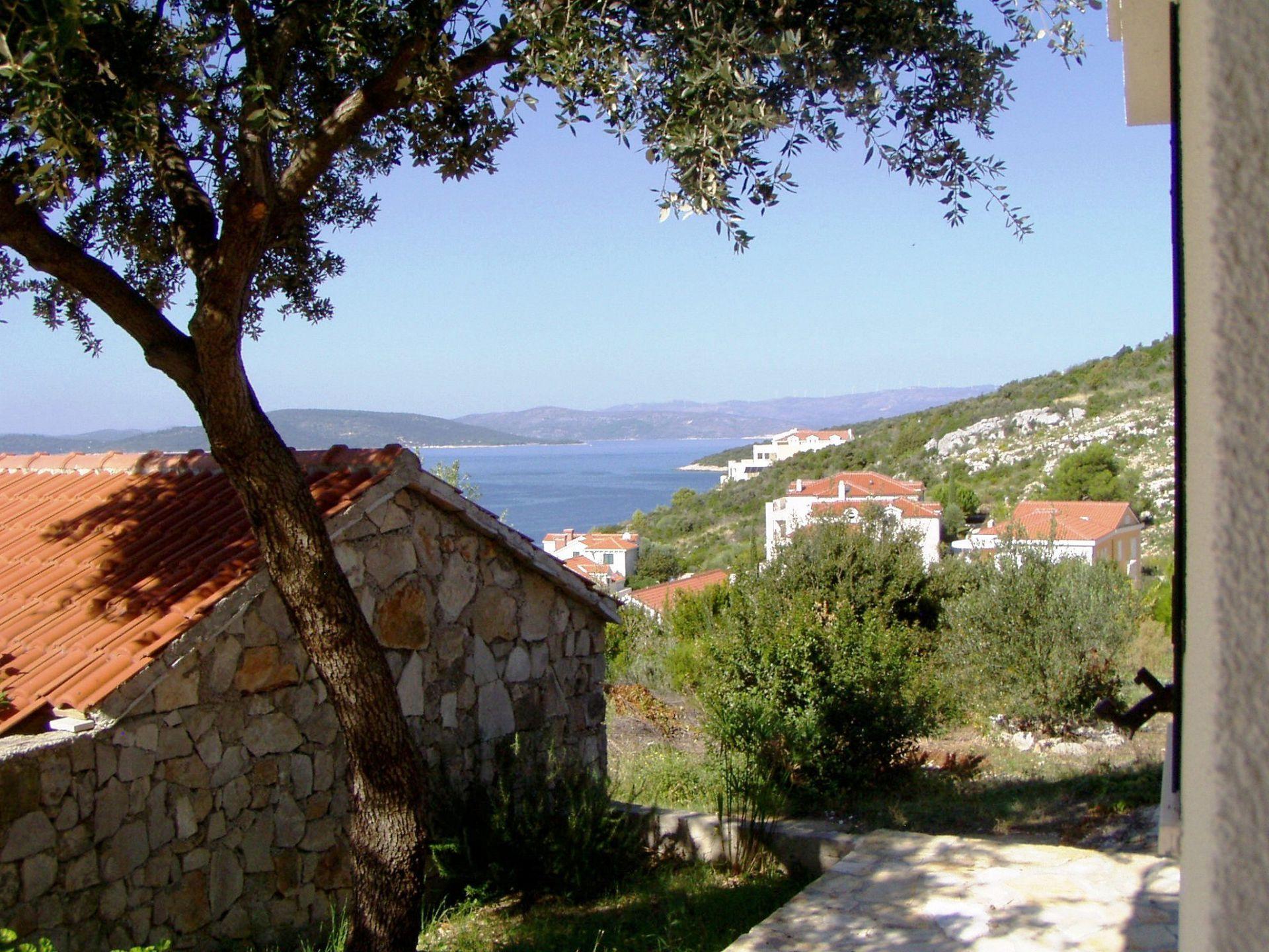 Elizabet - Maslinica - Ferienwohnungen Kroatien - Aussicht (Objekt und Umgebung)