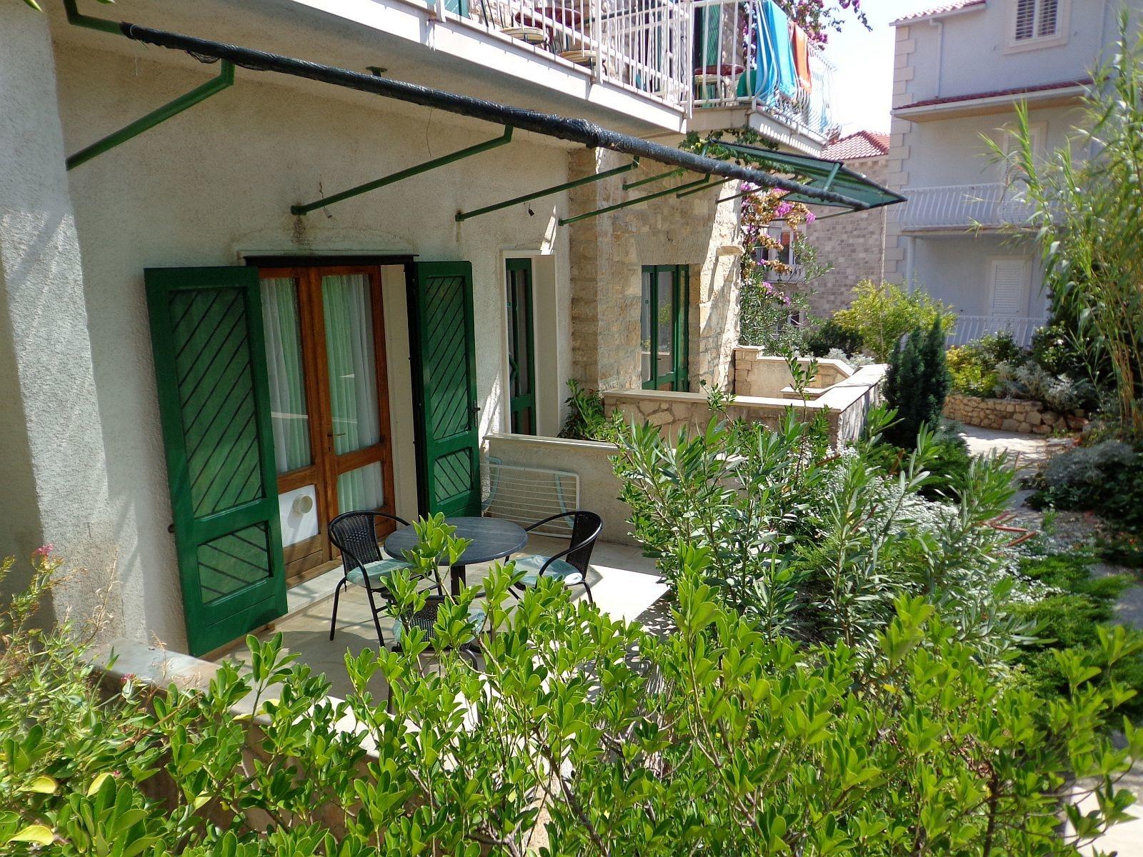 Brane - Bol - Appartementen Kroatië