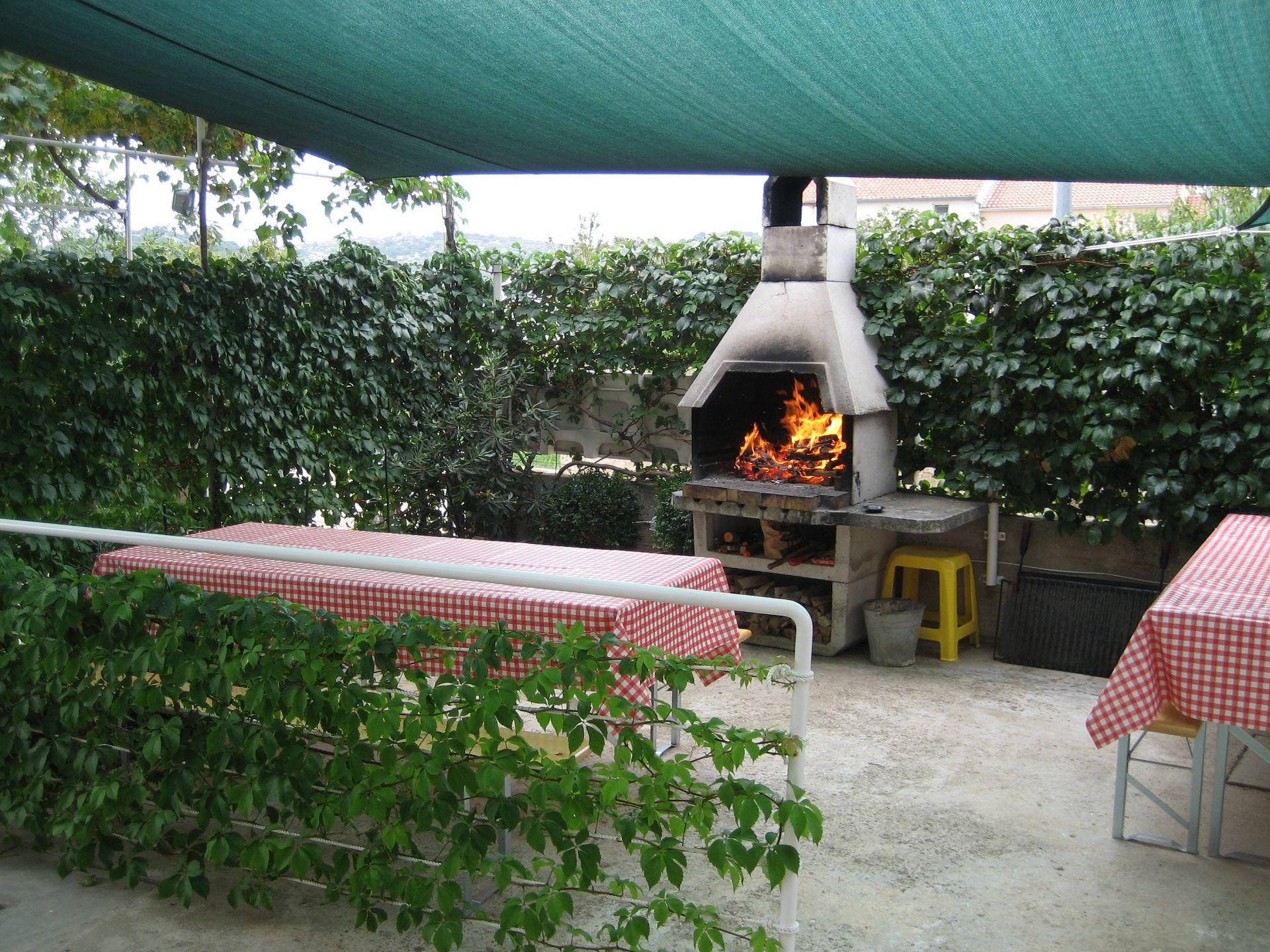 Dija - Betina - Apartments Croatia