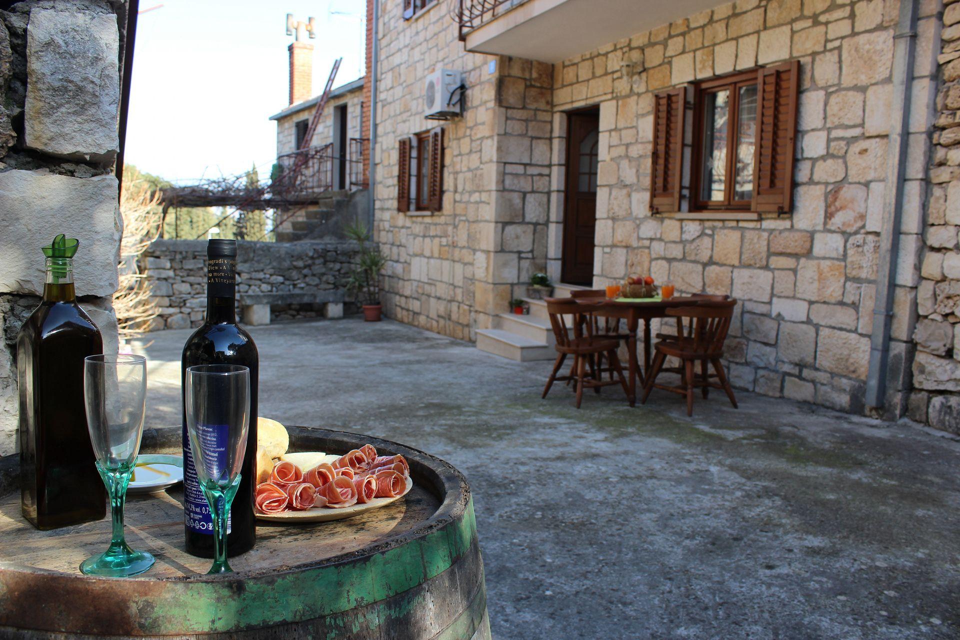 Tončica - Дол (Брац) - Дома для отдыха, виллы Хорватия