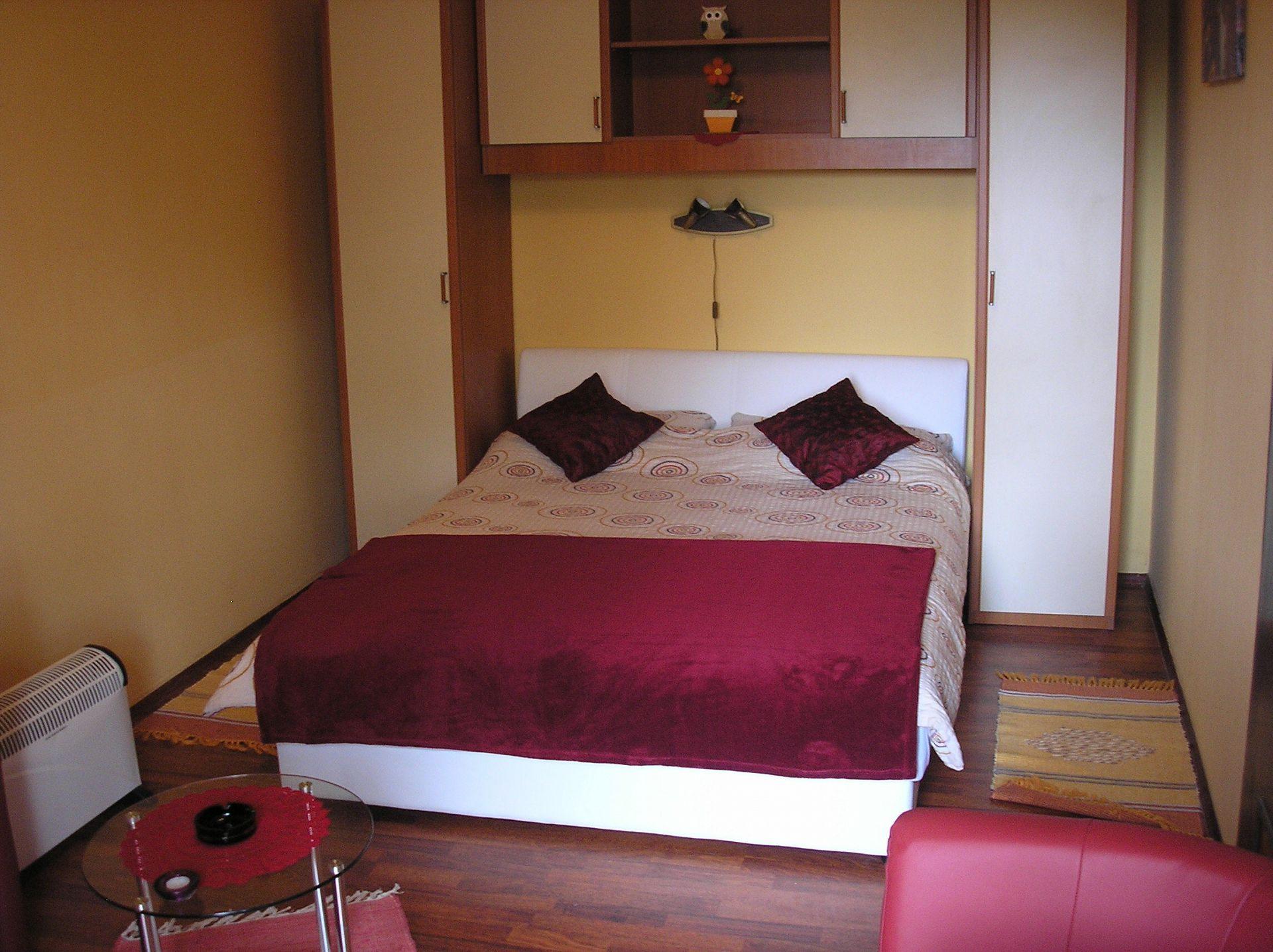 Zvonkic - Aljmas - Ferienwohnungen Kroatien - A(4): Schlafzimmer