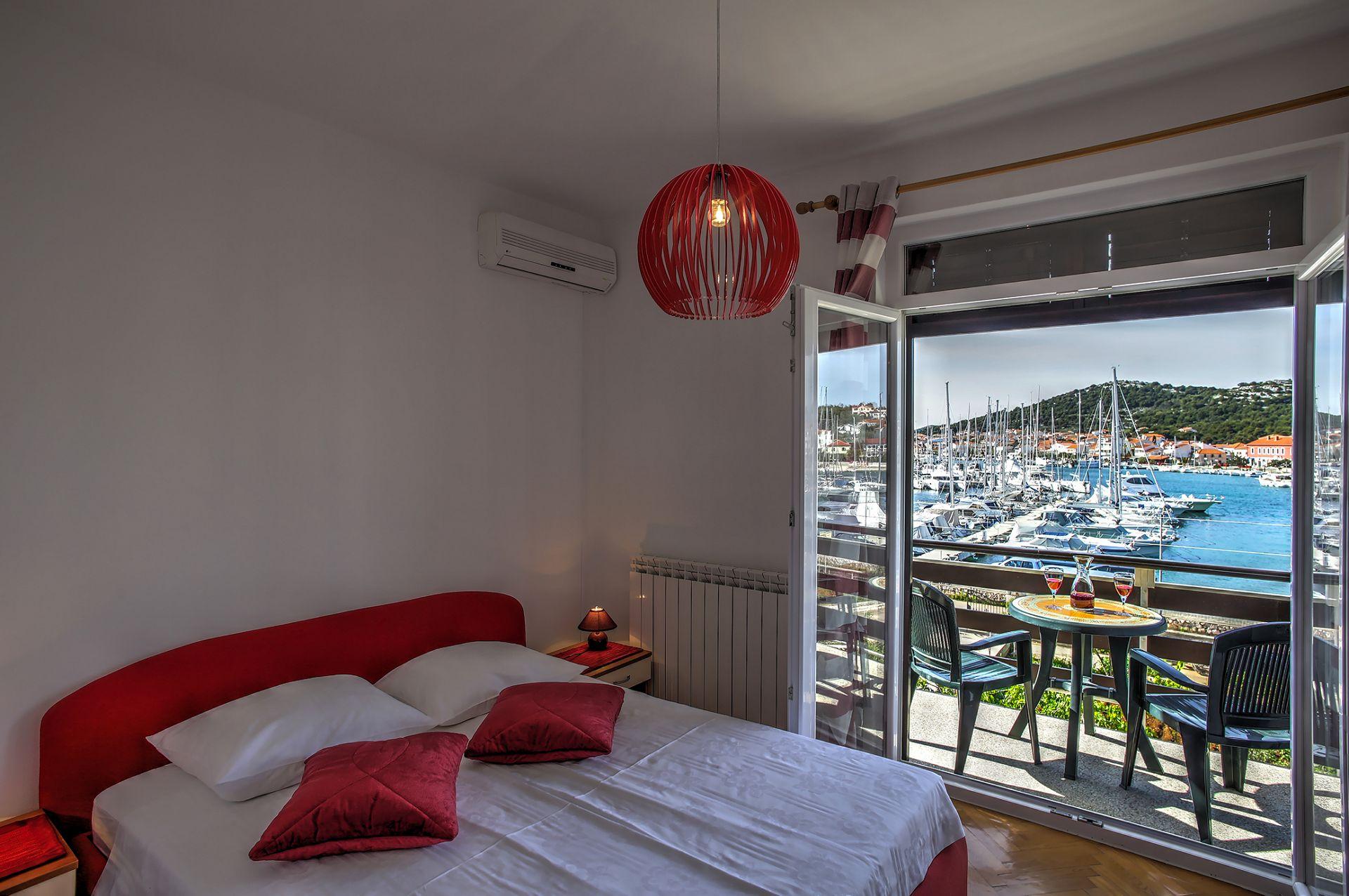 5409 - Jezera - Apartments Croatia - A2(2+1): bedroom