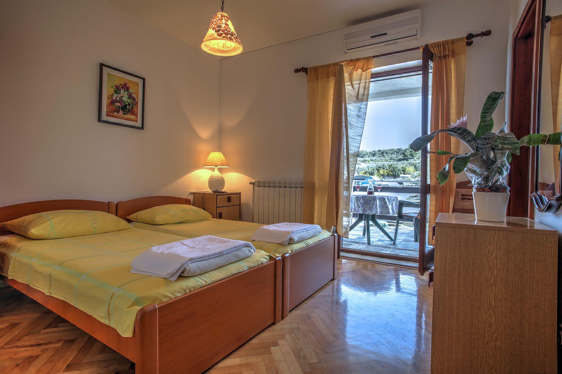 5409 - Jezera - Apartments Croatia - SA4(2): interior