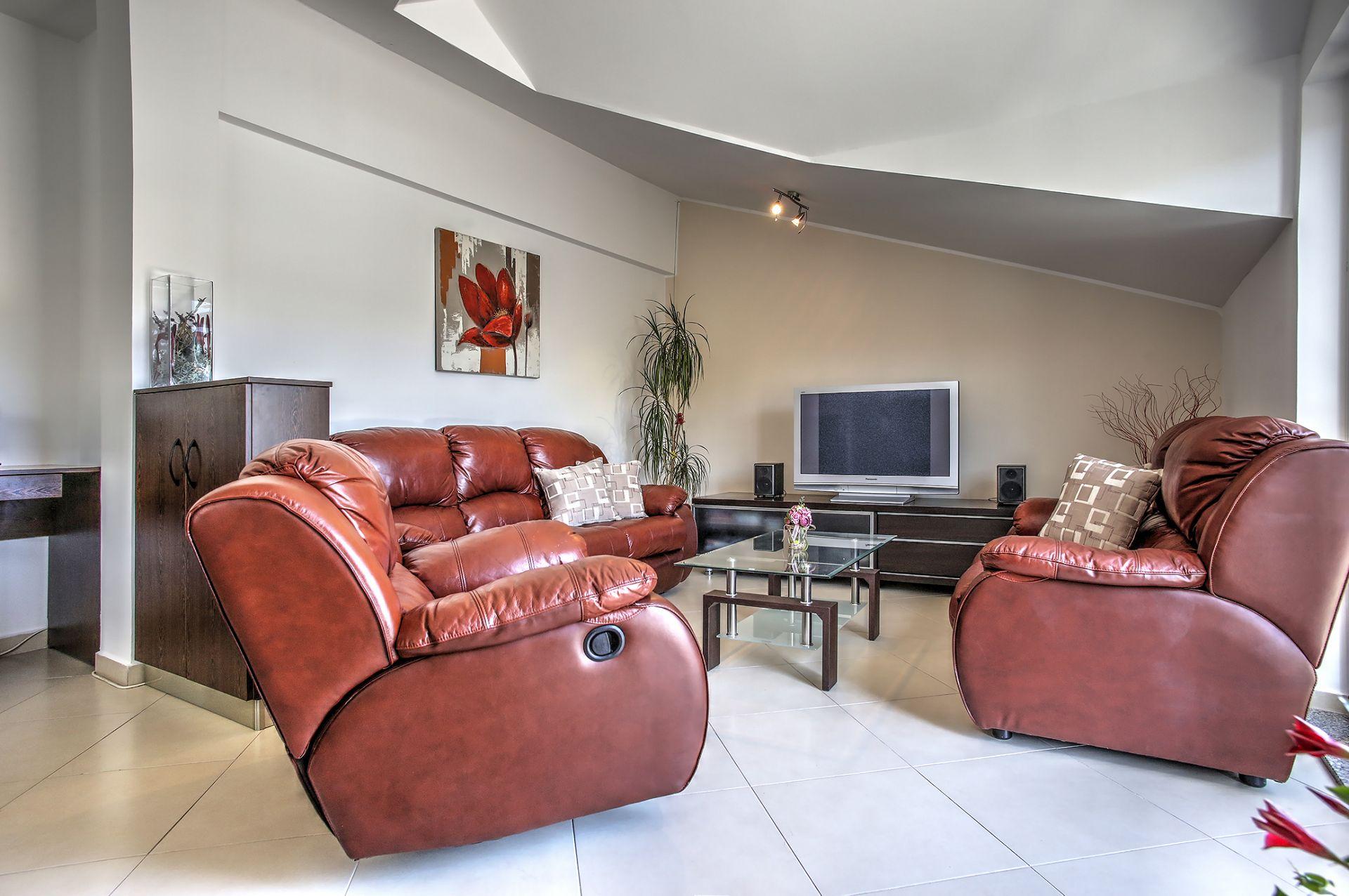 5409 - Jezera - Apartments Croatia - A5(4): living room