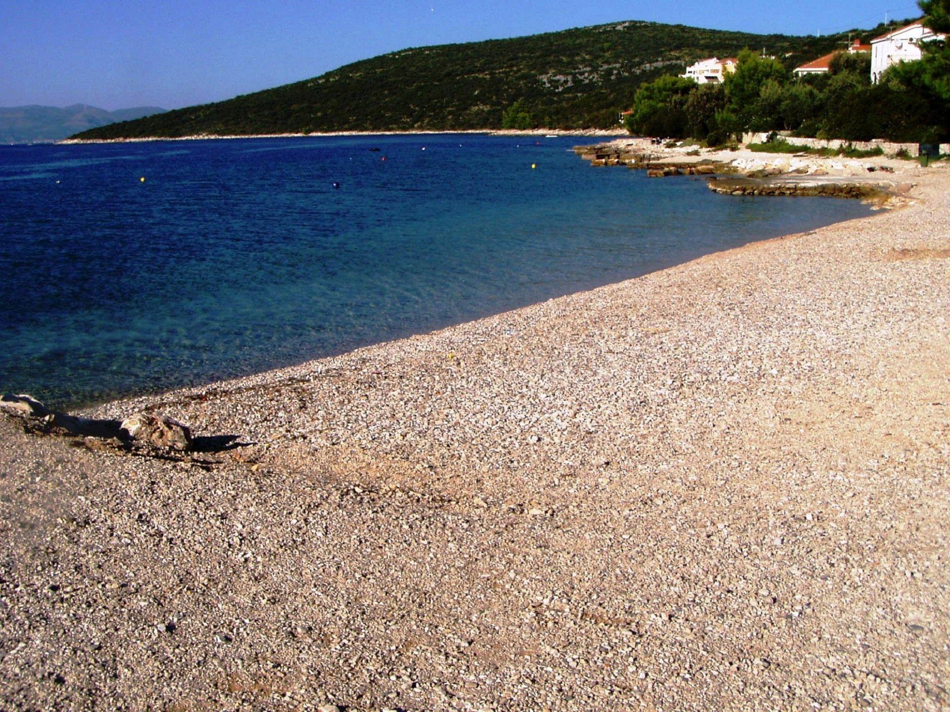 Elizabet - Maslinica - Ferienwohnungen Kroatien - Strand