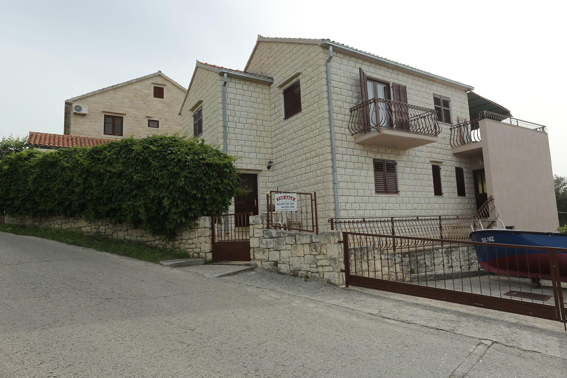Šana - Splitska - Appartementen Kroatië