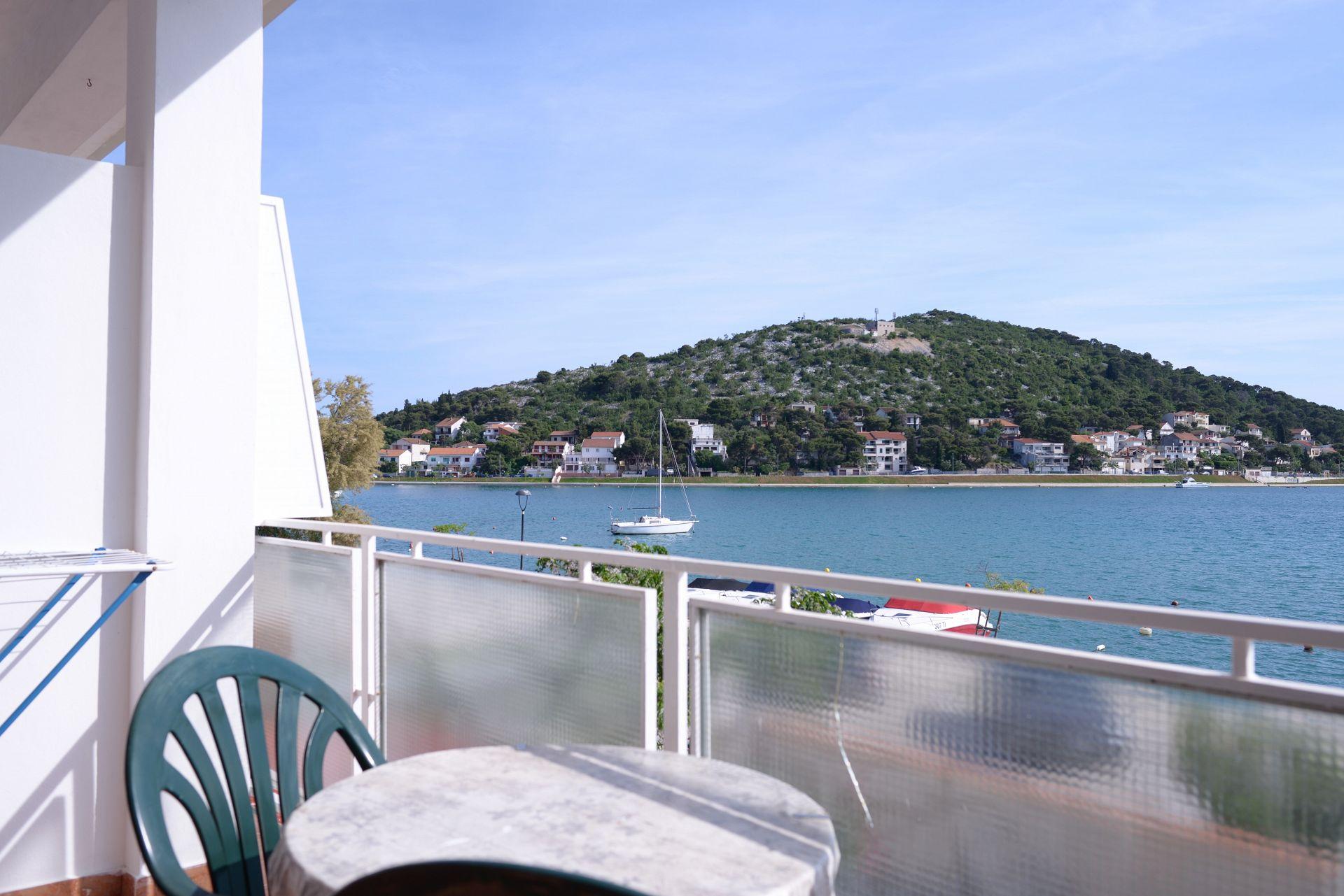 35049  - Tisno - Ferienwohnungen Kroatien