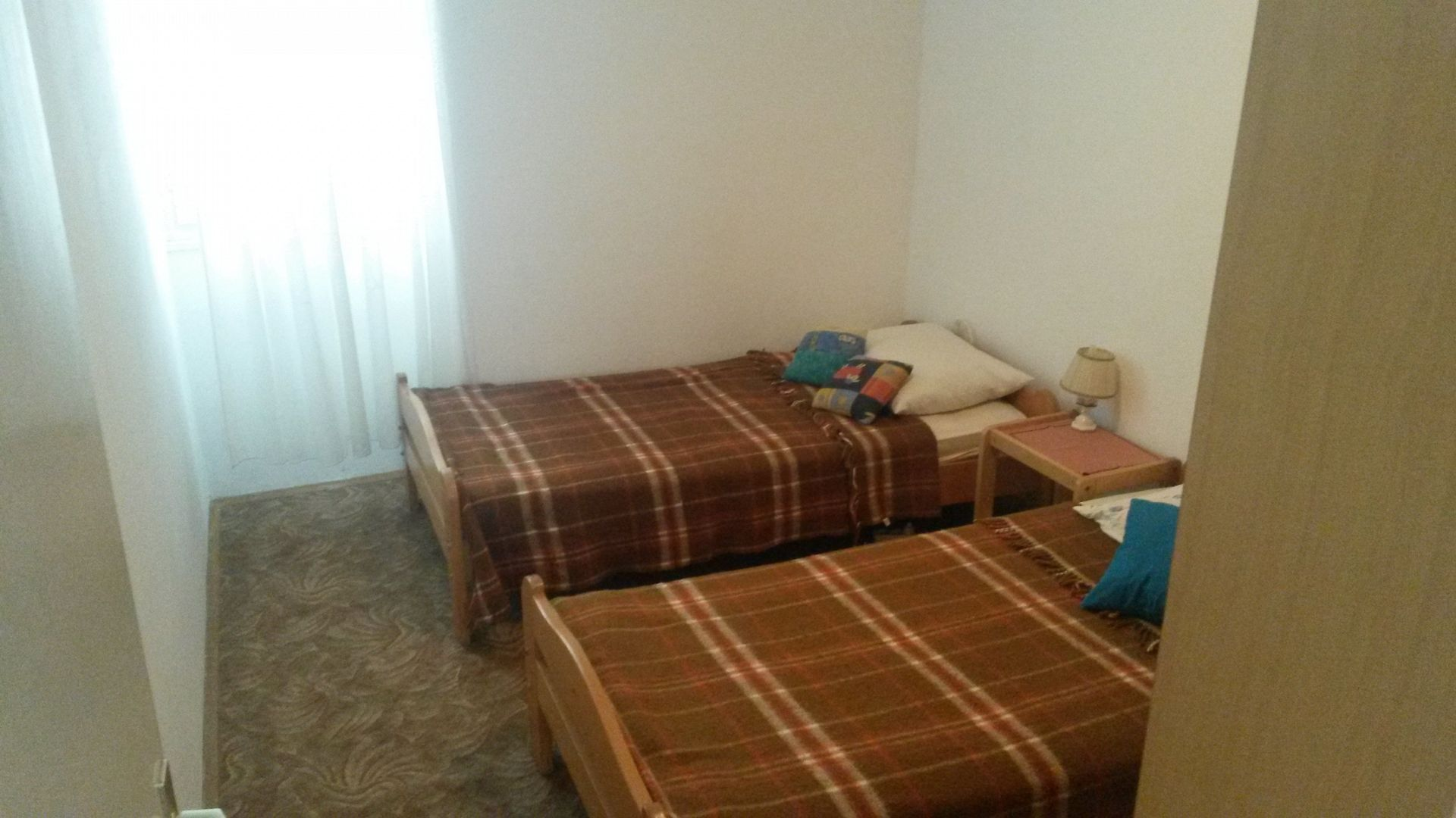 A4(8): bedroom