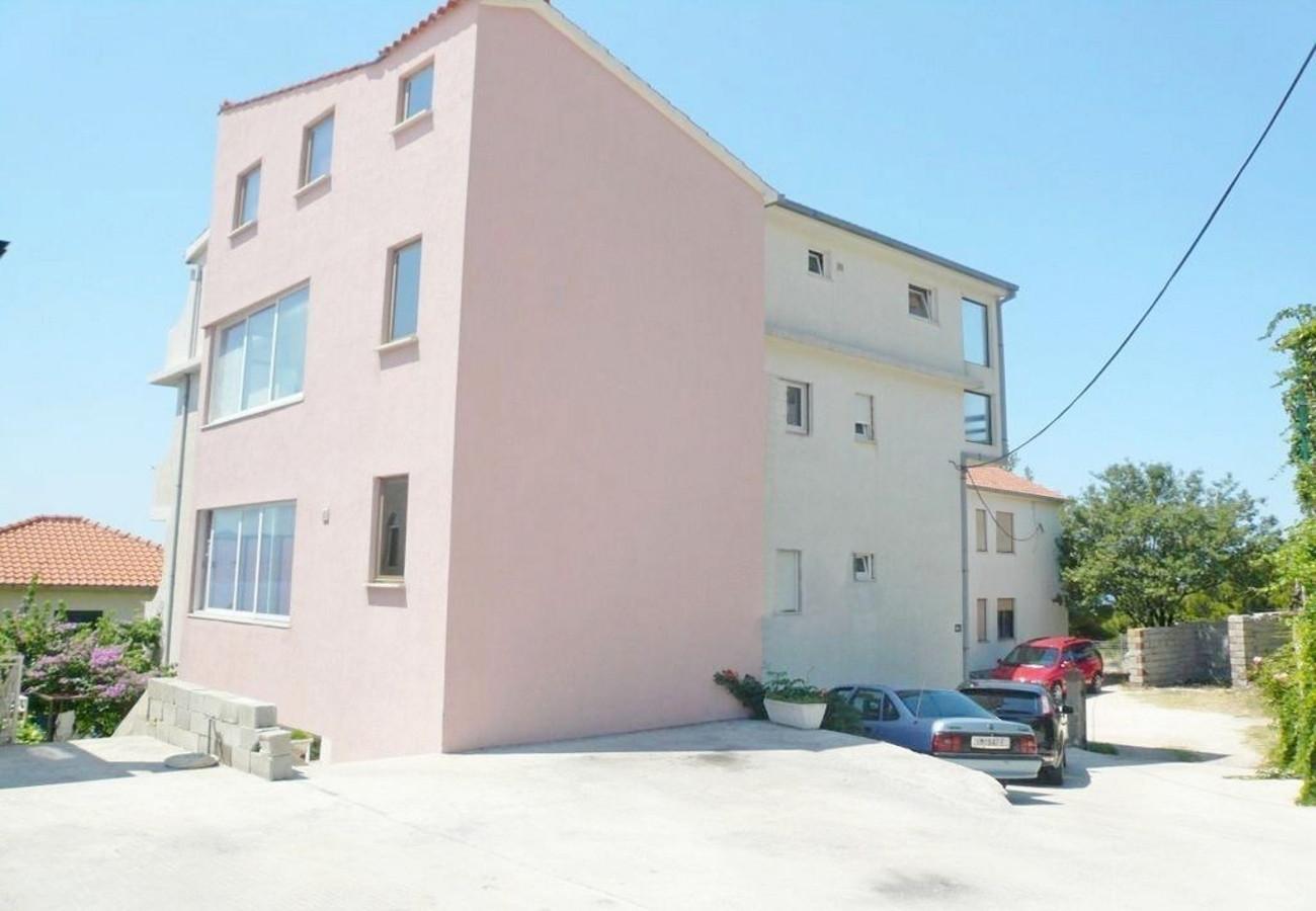 SC - Dugi Rat - Appartementen Kroatië