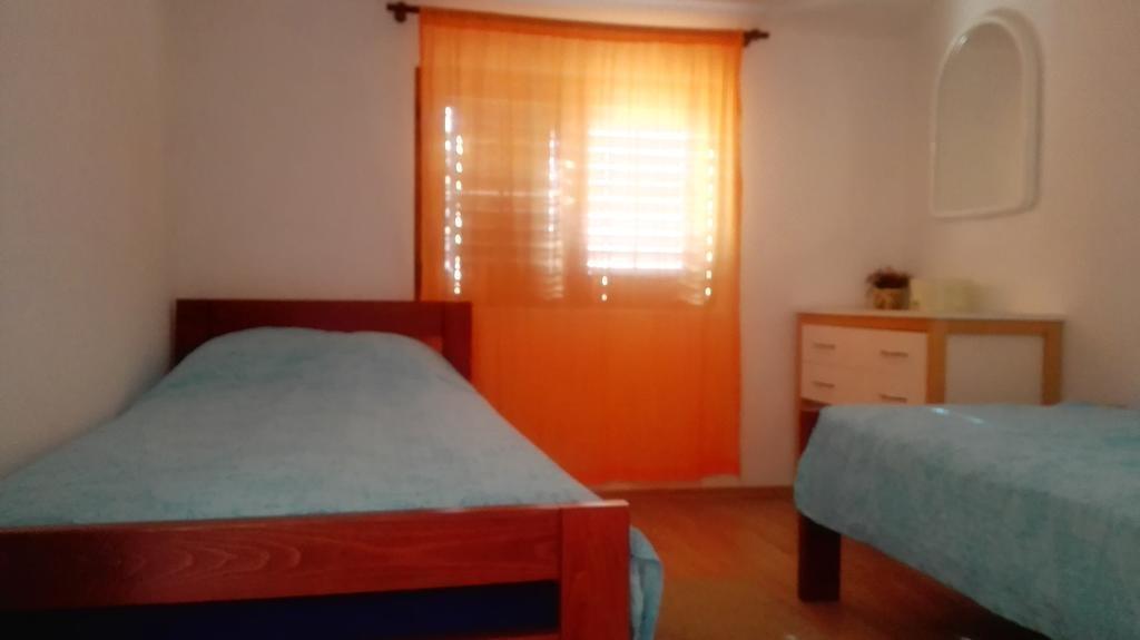 Tina - Obrovac - Appartementen Kroatië - A1(4): slaapkamer