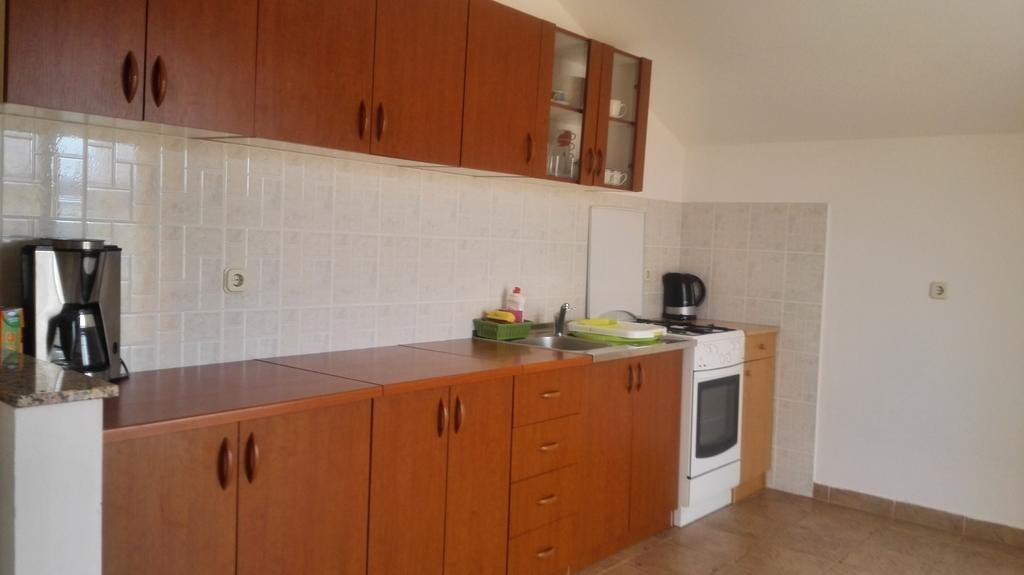 Tina - Obrovac - Appartementen Kroatië - A1(4): keuken
