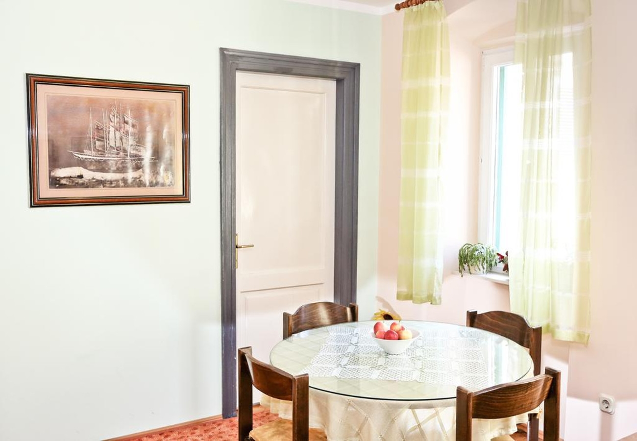 MV - Split - Appartementen Kroatië - A1(2+1): eetkamer