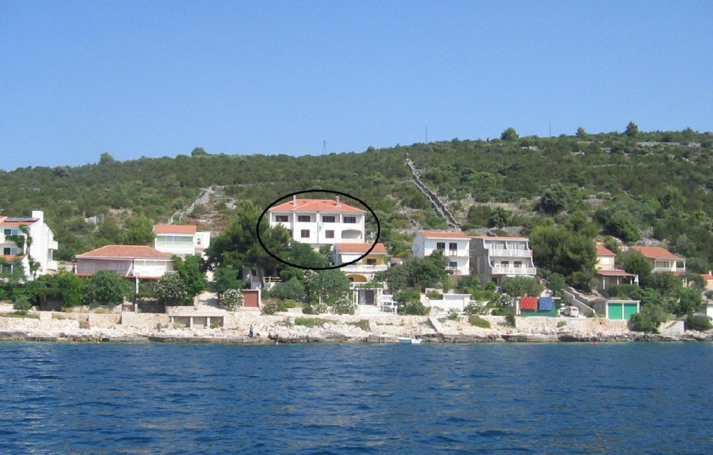 2213 - Vinisce - Appartementen Kroatië