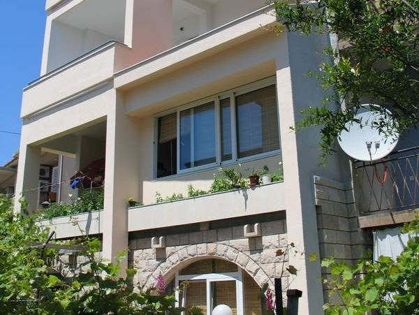 Apartments, Makarska, Makarska Riviera - Apartments  Zorica - 80 m from sea :