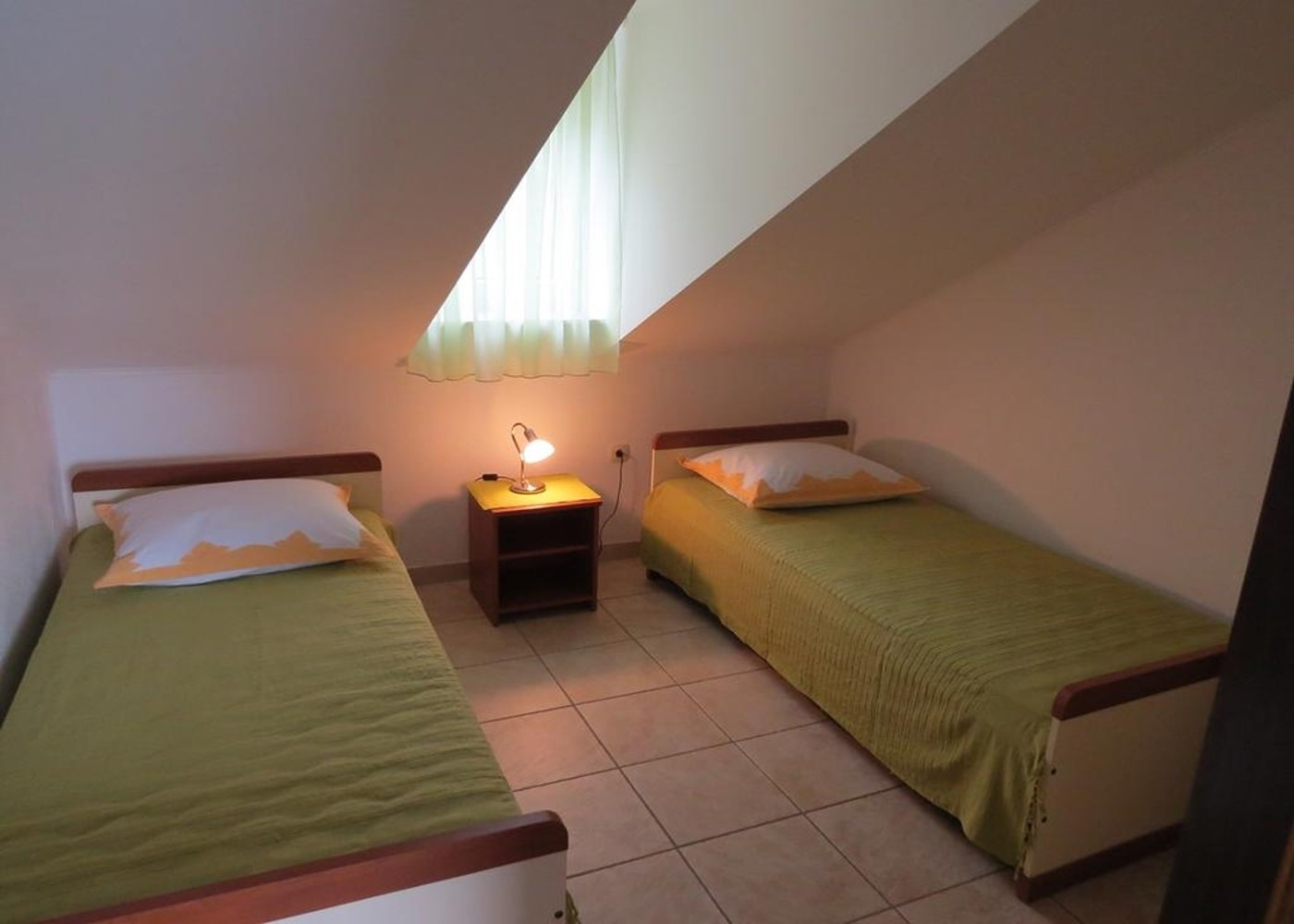 Bubi - Mastrinka - Appartementen Kroatië - A3 drugi kat (4+2): slaapkamer