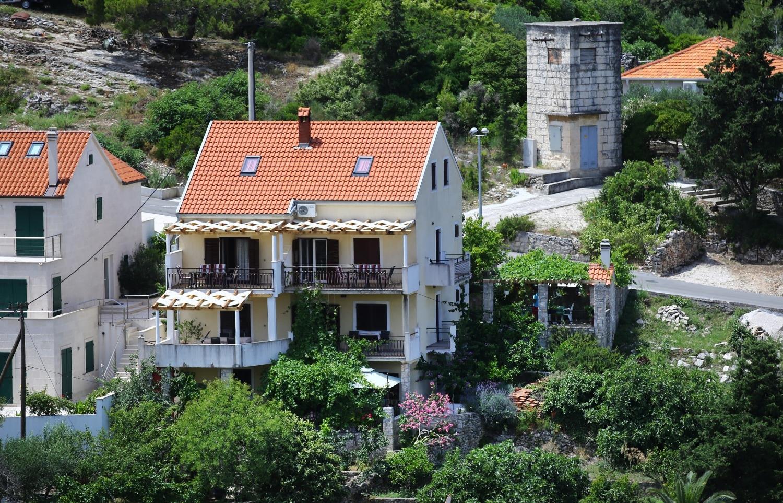 Neda - Splitska - Appartementen Kroatië - huis
