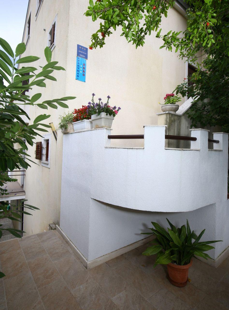 Neda - Splitska - Appartementen Kroatië - terras