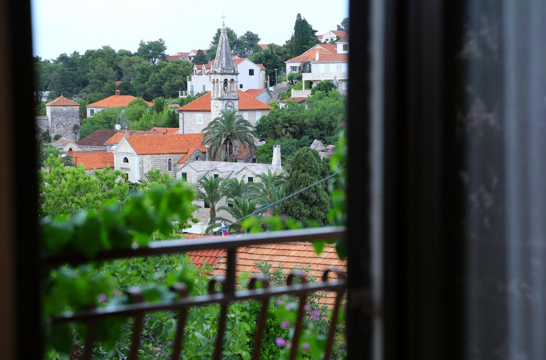 Neda - Splitska - Appartementen Kroatië - A1(6): uitzicht