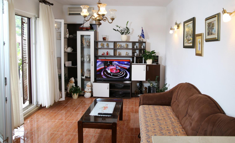 Neda - Splitska - Appartementen Kroatië - A1(6): woonkamer
