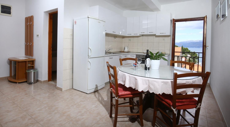 Neda - Splitska - Appartementen Kroatië - A2(4+1): eetkamer