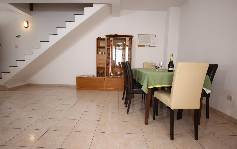 Neda - Splitska - Appartementen Kroatië - A3(4+1): eetkamer
