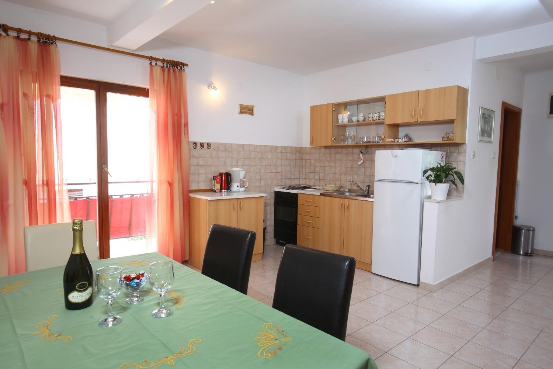 Neda - Splitska - Appartementen Kroatië - A3(4+1): keuken en eetkamer