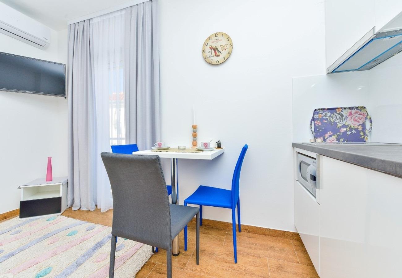 Sunny by the Sea - Zaton (Zadar) - Appartementen Kroatië - SA2(2): keuken en eetkamer