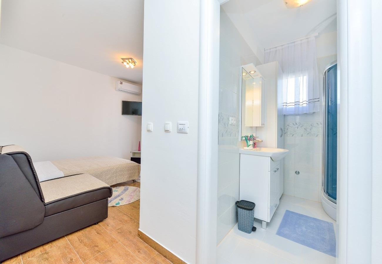 Sunny by the Sea - Zaton (Zadar) - Appartementen Kroatië - SA2(2): badkamer met toilet