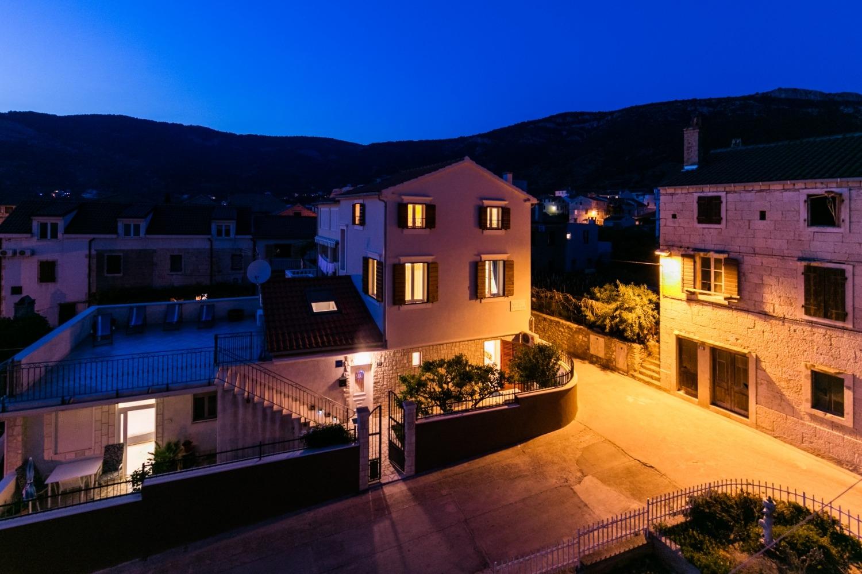 PB - Komiza - Appartementen Kroatië