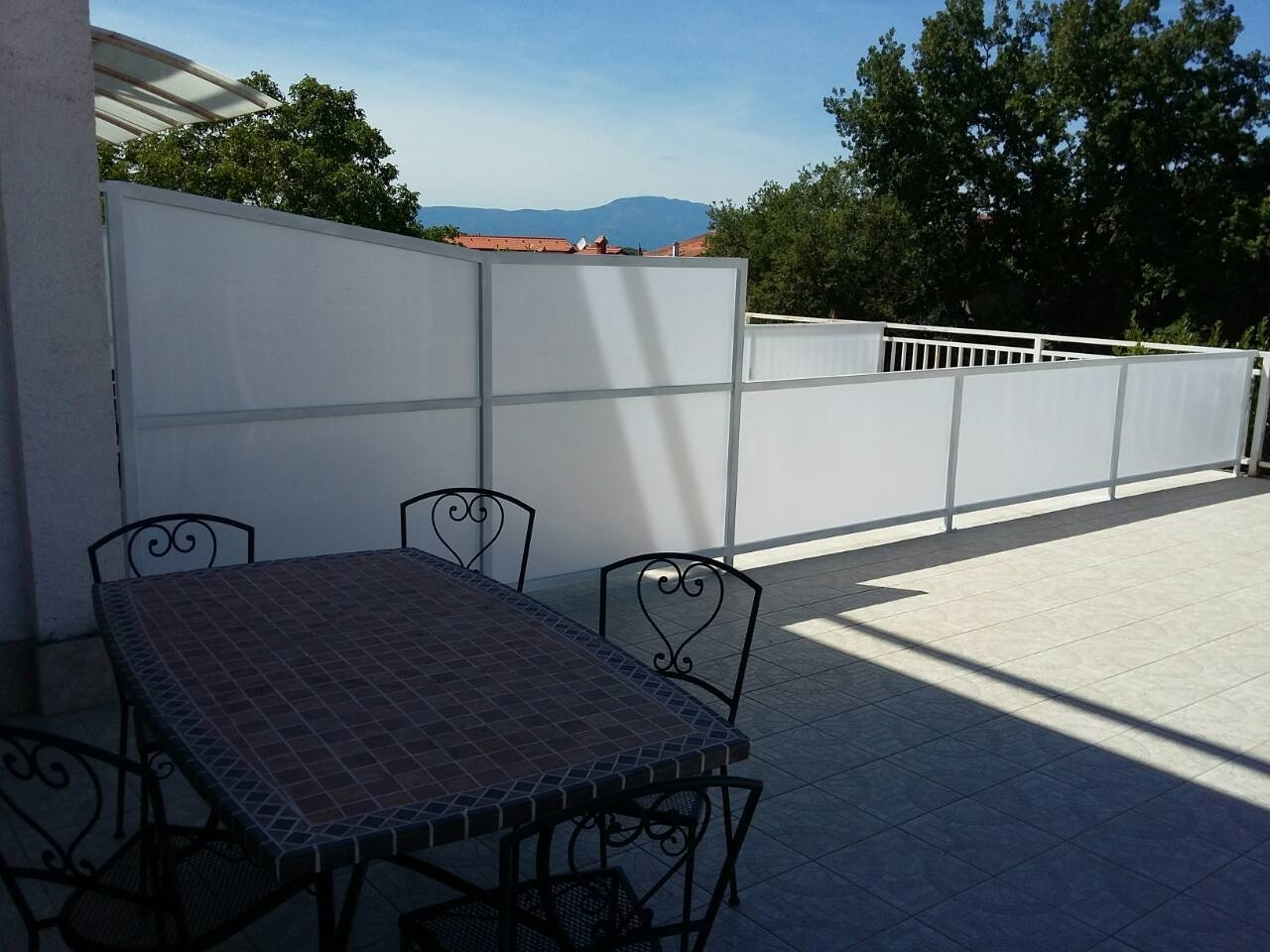 Apartments, Malinska, Island of Krk - Apartments  Ren - 100m from the sea with parking: