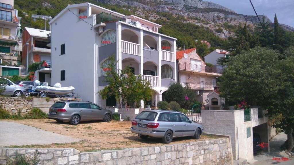 Apartments, Pisak, Riviera Omiš  - Apartments  Mare