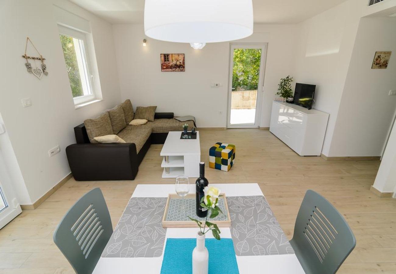 Mali princ - Zadar - Appartementen Kroatië - A1(2+2): eetkamer
